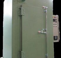 熱風循環式乾燥機(ラック投入式)